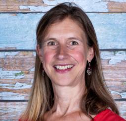 Karin Adriaanse